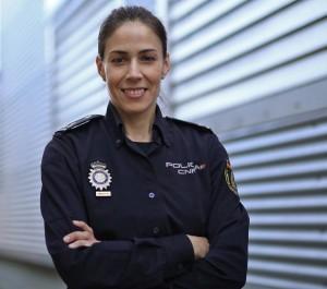 Silvia Barrera, Inspectora de la Brigada de Investigación Tecnológica en el Cuerpo Nacional de Policía.